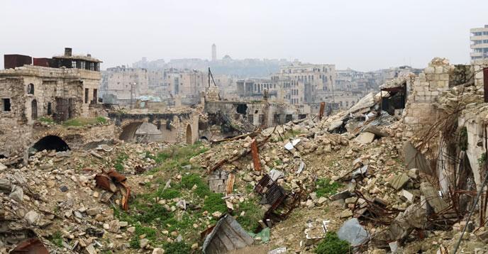 Förstörelse i Aleppos historiska stadsdelar