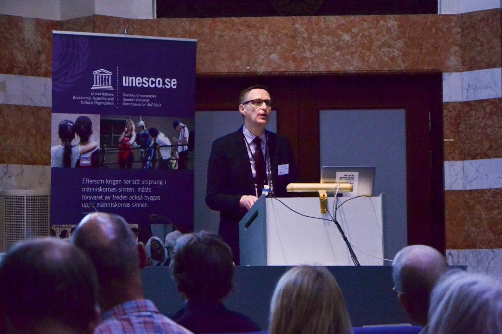 Svenska Unescorådets generalsekreterare Mats Djurberg talar om Unesco-Sverige